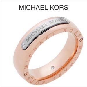 🆕 Michael Kors Ring